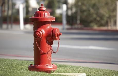 Rinçage des bornes-fontaines